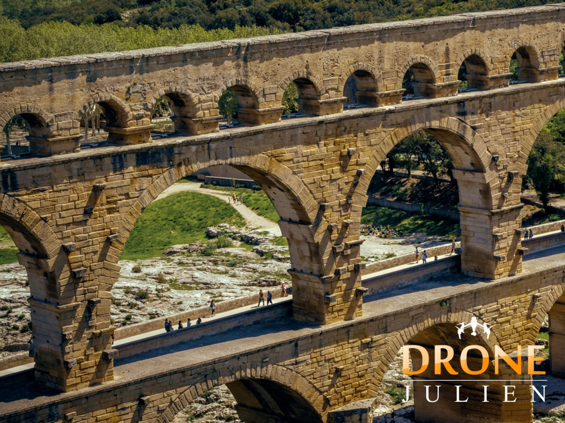 drone pont du gard