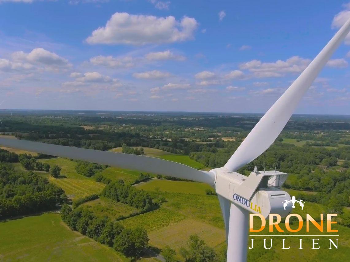 Réalisation vidéo drone pour parc éolien dans l'Hérault